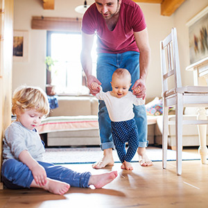 wiederarbeiten.com: Vereinbarkeit von Beruf und Familie kann gelingen.